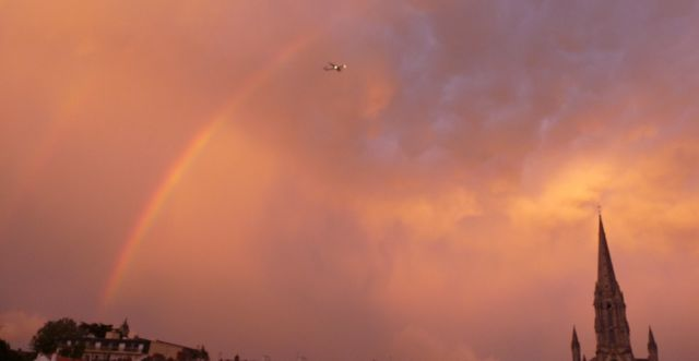 Avion Arc-En-Ciel