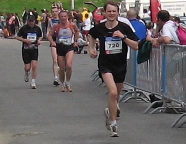 Marathon de Nantes, derniers 100 mètres trop facile ;-)