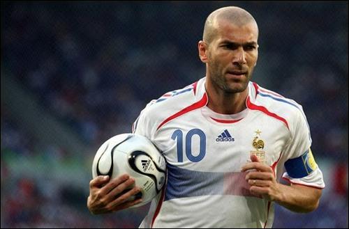صور لروناالدينو وزيدان والقناص والتايب Zidane